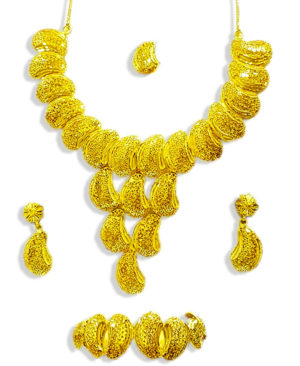 Fancy Gold Traditional Necklace Designs
