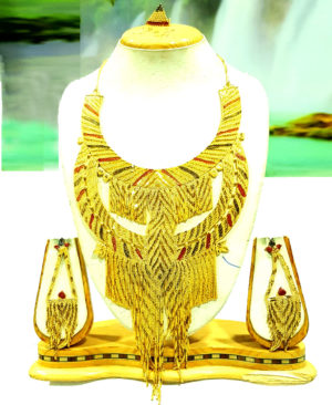 Good Looking Design Golden Plated Necklace Set